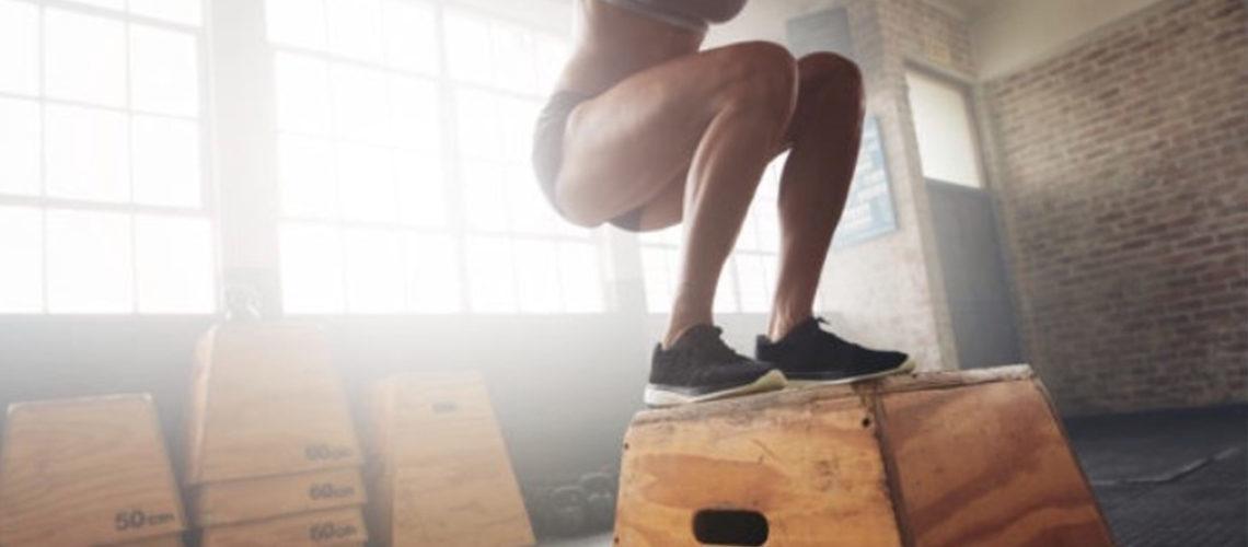 Attiva l'energia saltando con il Box Jumps!